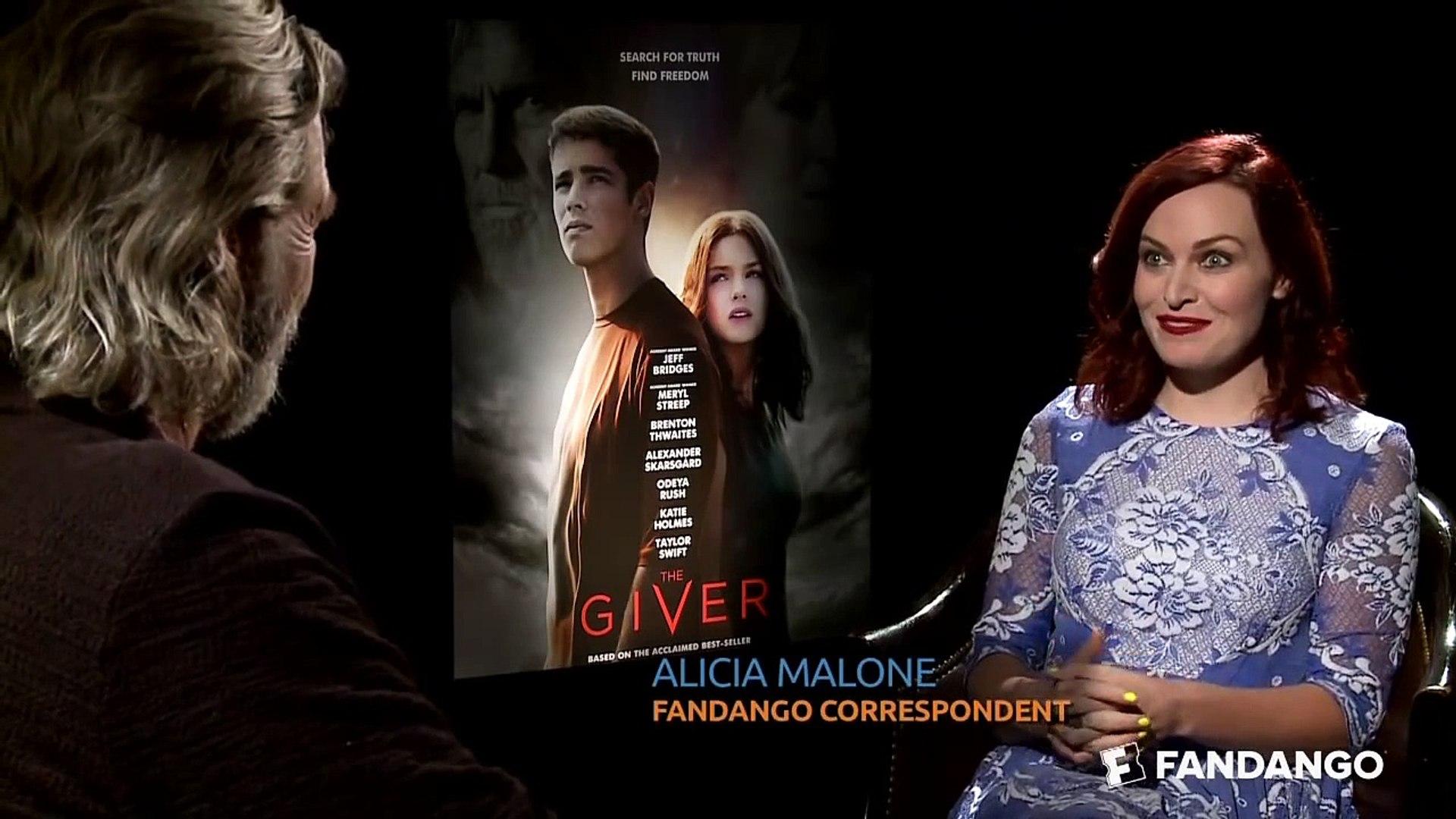 The Giver Cast Interview | Celebrity Interviews | FandangoMovies