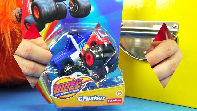 BLAZE AND THE MONSTER MACHINES BLAZE DARLINGTON STRIPES ZEG PICKLE AND CRUSHER MONSTER TRUCK TOYS