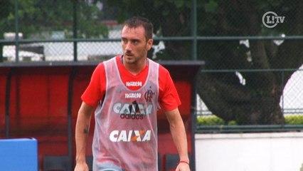Mancuello marca dois lindos gols em treino do Flam