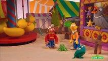 Sesame Street: Bert and Ernie Find An Amazing Frog (Bert and Ernie\'s Great Adventures)