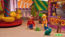 Sesame Street: Bert and Ernie Find An Amazing Frog (Bert and Ernie\'s Great Adventures)