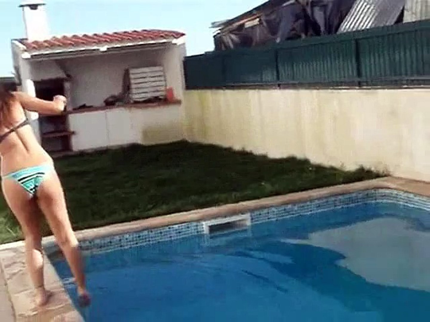 Sexy pool and sexy girls