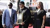 El rapero LL Cool J recibe su estrella en el Paseo de la Fama de Hollywood