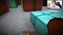 Minecraft | NAUGHTY OR NICE?! | Santas Gamble Custom Map