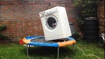 Il met une machine à laver en marche sur un trampoline et ça dégénère