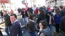 Crise de l'élevage : 150 éleveurs FDSEA-JA bloquent Rodez