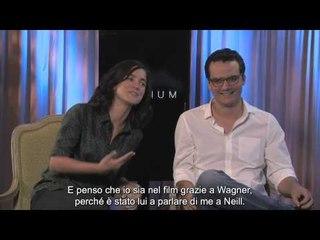 Elysium - Intervista a Alice Braga e Wagner Moura Sottotitolata in italiano   HD