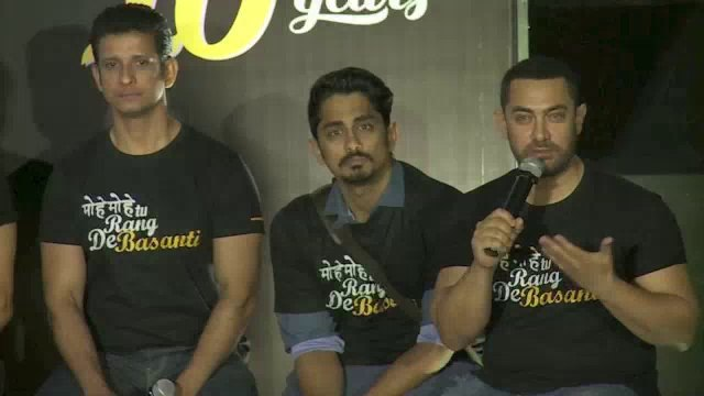 Proud Muslim - Aamir fitting reply to Akshay Kumars Intolerance comment on Aamir