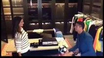 Quand Alessandra Ambrosio et Cristiano Ronaldo s'essaient aux jonglages