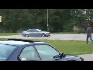 Gli rubano l'auto e quando vedrete il colpevole sarà ESILARANTE