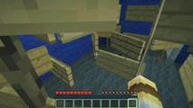 How To Make A Locked Chest On Minecraft Skyblock - video