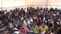 Enfants réfugiés à Bangui: l'école contre les groupes armés