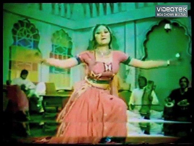Aray Dekh O Babu Main Hoon - Qatal Kay Baad - Original DvD Noor Jehan in 70s Vol. 1