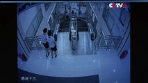 Employees Spot Danger of Escalator before Accident