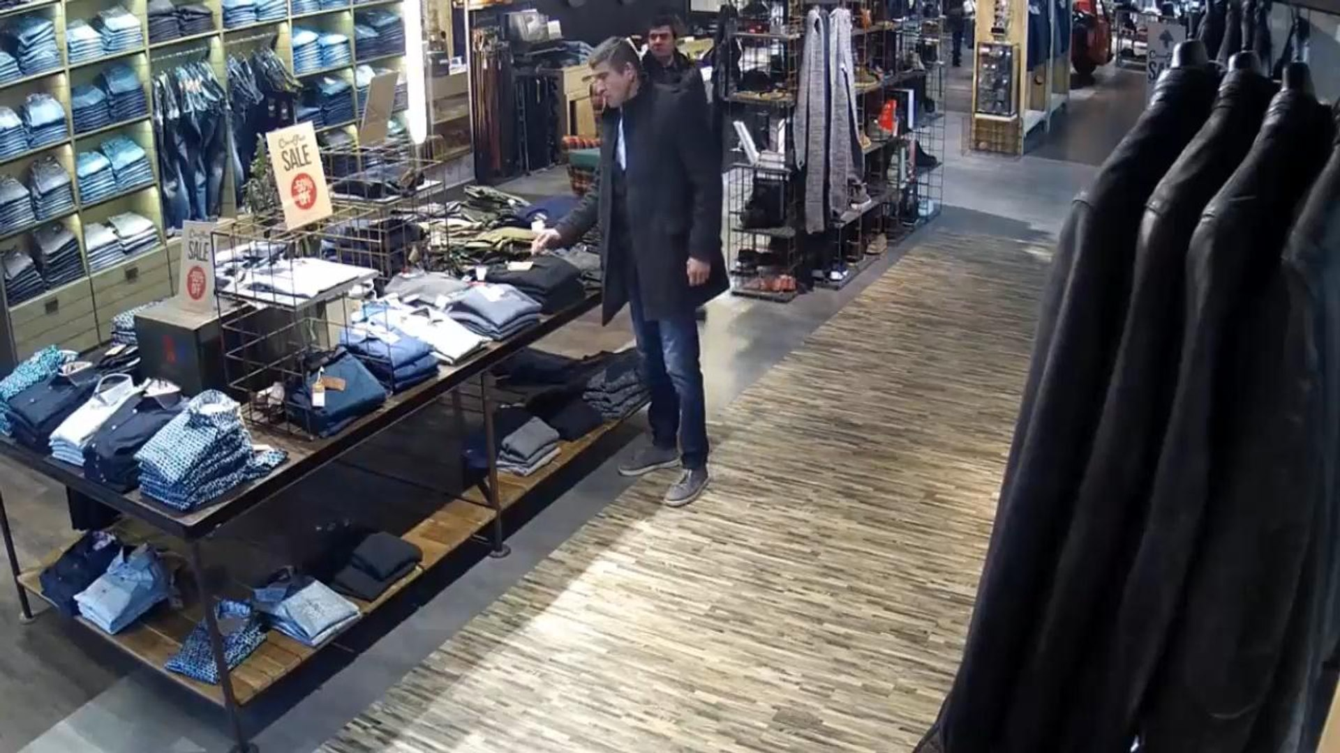 Shoplifting in clothes store