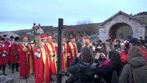 Saint-Vincent de Bourgogne à Irancy : la descente au flambeaux, le monument aux morts au cimetière et le défilé