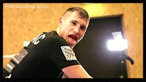 JAMIE BATES \\\\\\\\\ ROAD TO RUSSIA ///////////// THAI PAD WORK-OUT / KICKBOXING DRILLS WITH MICK TERRILL / PEEP MAGAZINE