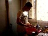 Seb fait la cuisine