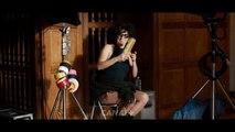 Voici la parodie Flashdance de Florence Foresti