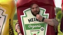 Des chiens déguisés en Hot Dog dans une pub délirante pour le super Bowl 50 et Ketchup Heinz