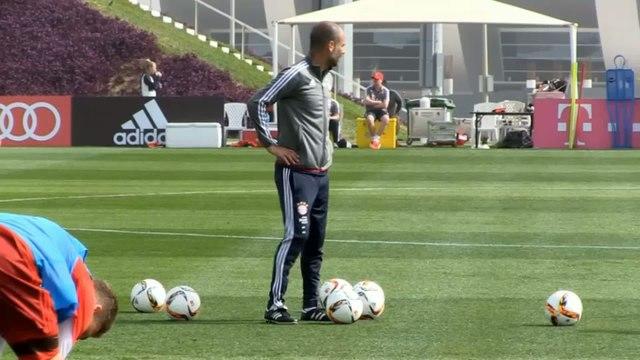Foot - ANG - Man City : Guardiola fait les gros titres