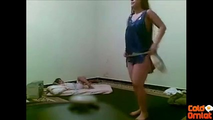 ليبية ترقص امام طفلها عارية بدون ملابس داخلية -- للكبار فقط -- +18