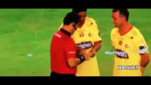 Ronaldinho Firma Autografo en Tarjeta del Arbitro en la Noche Amarilla   Barcelona vs San Martin1 (Latest Sport)