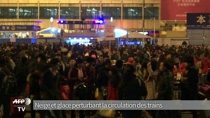 Chine: près de 100.000 voyageurs bloqués en gare à Canton