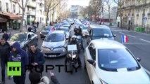 Paris : les chauffeurs de VTC protestent contre des mesures qu'ils trouvent injustes