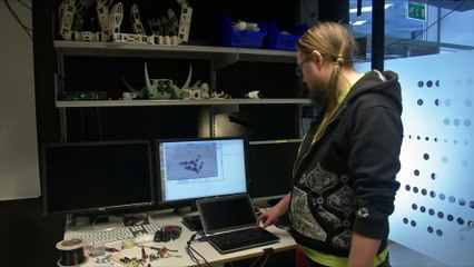 Self_Teaching_3D_Printed_Robots_FR