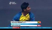 سری لنکن انڈر19 ٹیم کے بولرمینڈس نے دونوں ہاتھوں سے گیند کرا کر سب کو حیرت زدہ کردیا