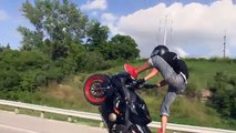 ---Extreme Freestyle Street Bike STUNTS   ACCIDENTS On Highway MIDDLE OF THE MAP RIDE 2014 Stunt Bikers - YouTube