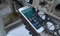 iPhone 6s'e motosiklet zincirli test... Bakın ne hale geldi?