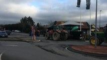 Les agriculteurs contrôlent les rayons chez Carrefour