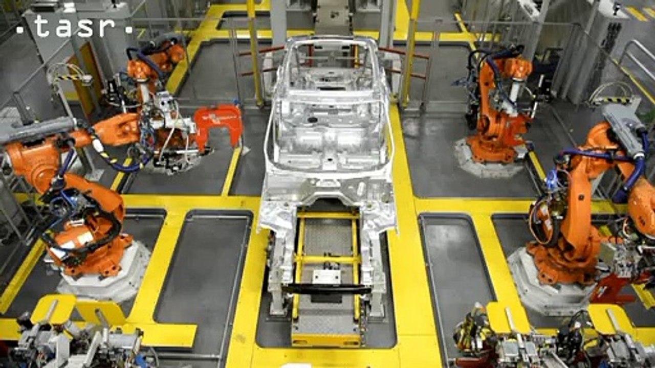 R. Fico: Automobilka Jaguar Land Rover by mala mať dostatok kvalifikovanej sily