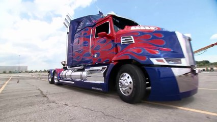 Transformers: Age of Extinction - The New Cars | Behind the Scenes | FandangoMovies