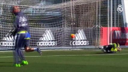 Quand Zidane combine avec CR7 à l'entraînement