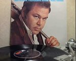 Roy Clark - Yesterday When I Was Young [original Lp version]