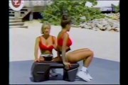 FITNESS BEACH - ABS WORKOUT - Kathy Derry - Female Fitness Muscle Bodybuilding