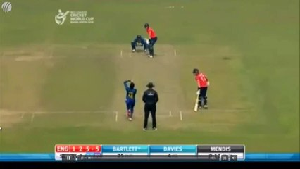 watch Sri Lankan Player Nimesh Takes a Stunning Catch in U19 World Cup
