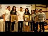 Penghargaan kepada Sari Simorangkir & Maria Shandi oleh CEO MNC Group Bp. Hary Tanoesoedibjo