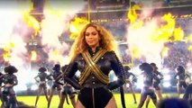 """Beyonce : """"Formation / Uptown Funk"""" Super Bowl 2016 with Bruno Mars"""