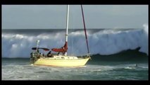 ©MASSIVE Waves Hitting Ships Collisions Accidents and Crashes©