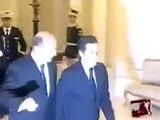 Nicolas Sarkozy et le Stylo Bling Bling / Hilarant ! Vidéo