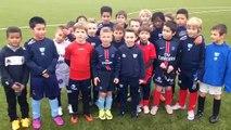 Les jeunes joueurs de foot de Trélissac chantent pour supporter leur équipe contre l'OM