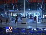 Mumbai - Main landing gear of Jet Airways plane collapses, all passengers safe - Tv9 Gujarati