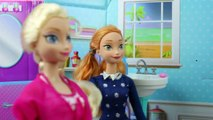 Frozen Elsa is Kidnapped by Hans and Anna Has to Make Hans King. DisneyToysFan