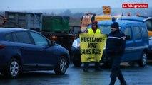 EPR. Greenpeace bloque un convoi à destination de Flamanville