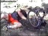 grosse gamelle en vélo