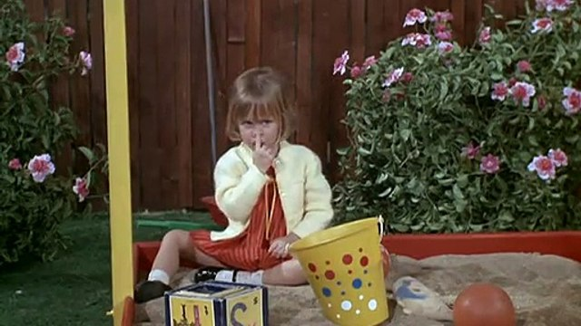Bewitched S4 E26 - Playmates